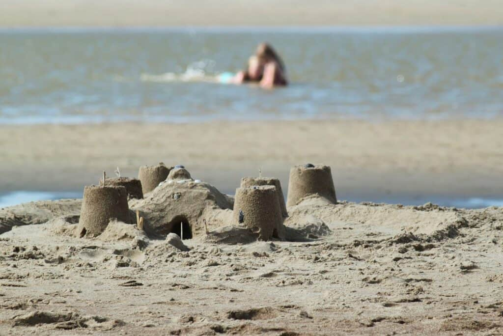 things to do on kiawah island build sandcastles